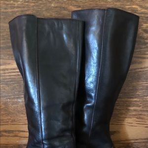 Fossil Shoes - Fossil tall Black leather pull on boots super sexy